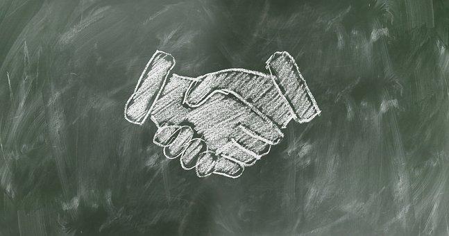 shaking-hands-2499612__340